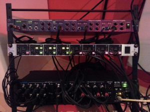 Audio Interface Aufnahmeraum + Headphoneamps